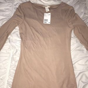 Tops - Nude long sleeve shirt
